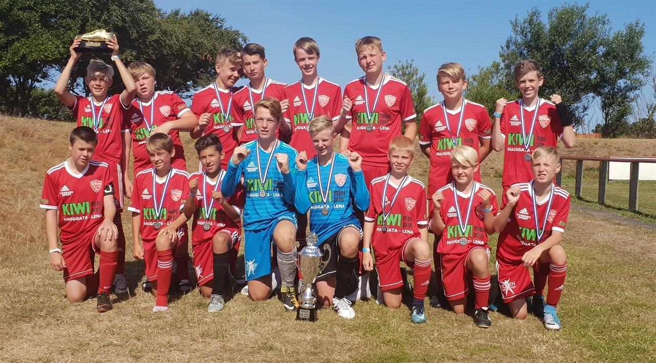 FK Totens 16-åringer på fjorårets Skaw-cup.