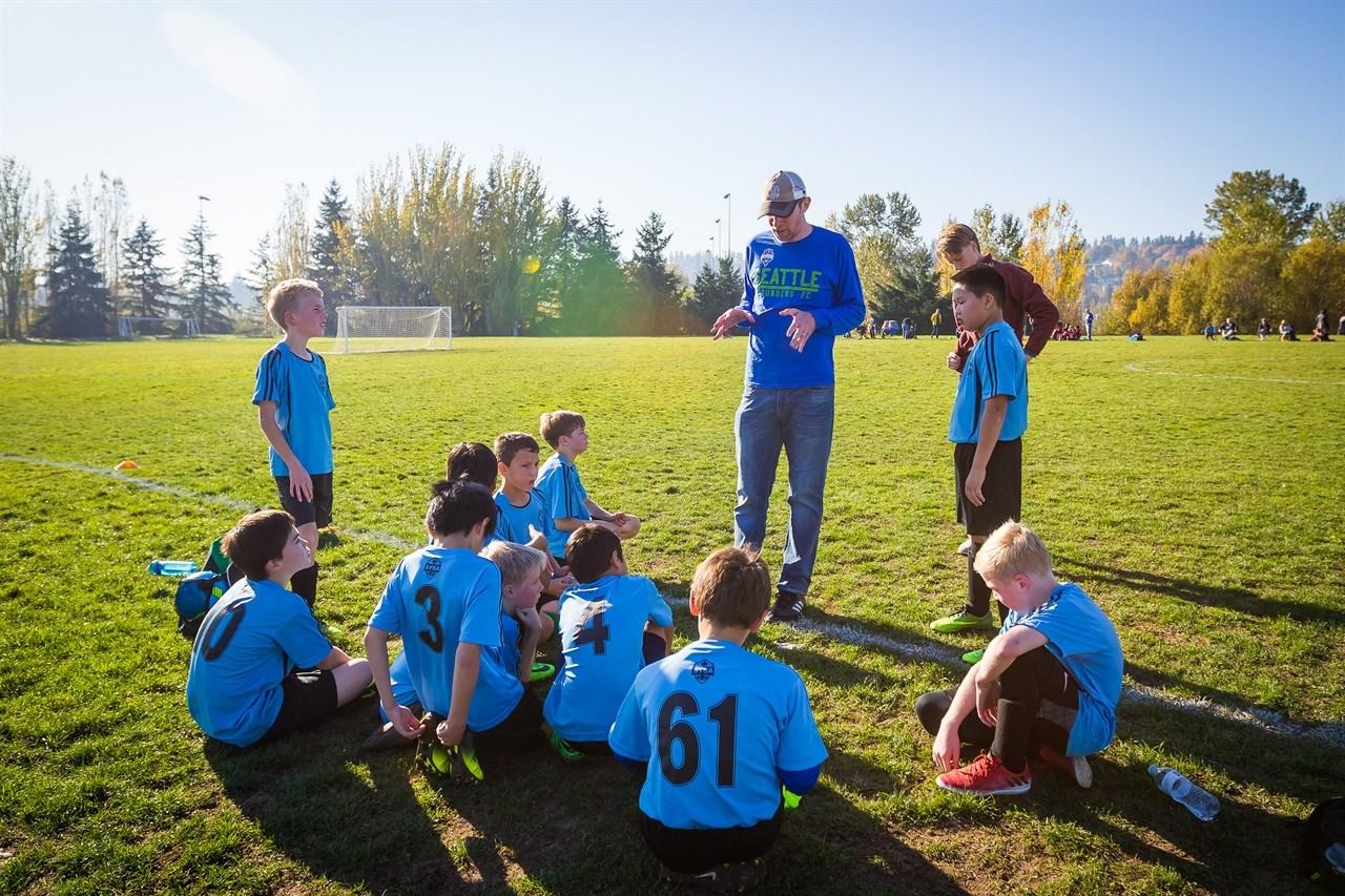 Bij het beoordelen van de coach moet minder aandacht worden besteed aan het scorebord