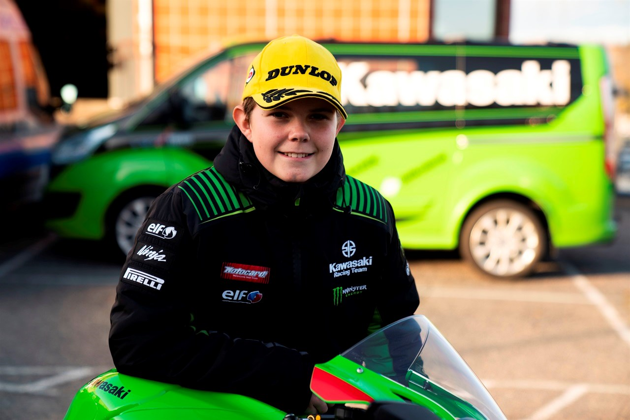 IPAPPASHJULSPOR: Kristian Østbye Sæby (16) fra Lørenskog vant Norgescupen i roadracing 2019.