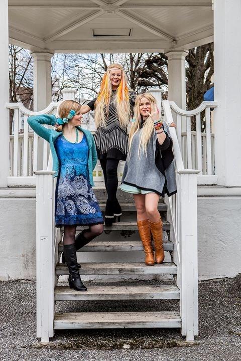 Unni Wilhelmsen, Sol Heilo og Hanne Mari Karlsen