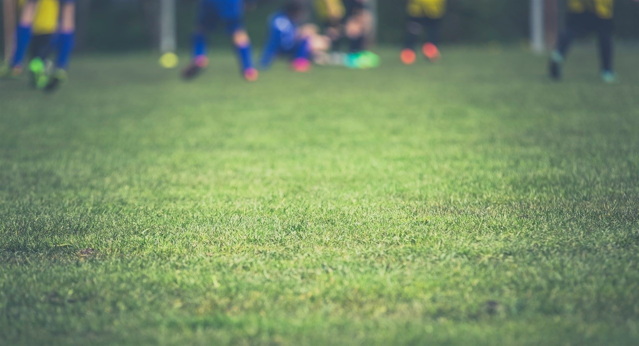 Voetbalverenigingen vragen relatief weinig contributie