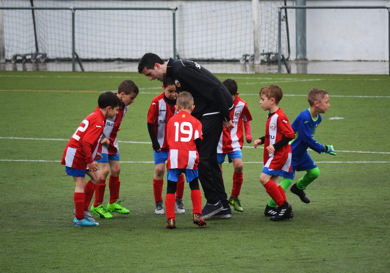 Een goed bestuurde club waar onderlinge verbondenheid heerst herken je bijvoorbeeld aan een uniforme uitrusting.