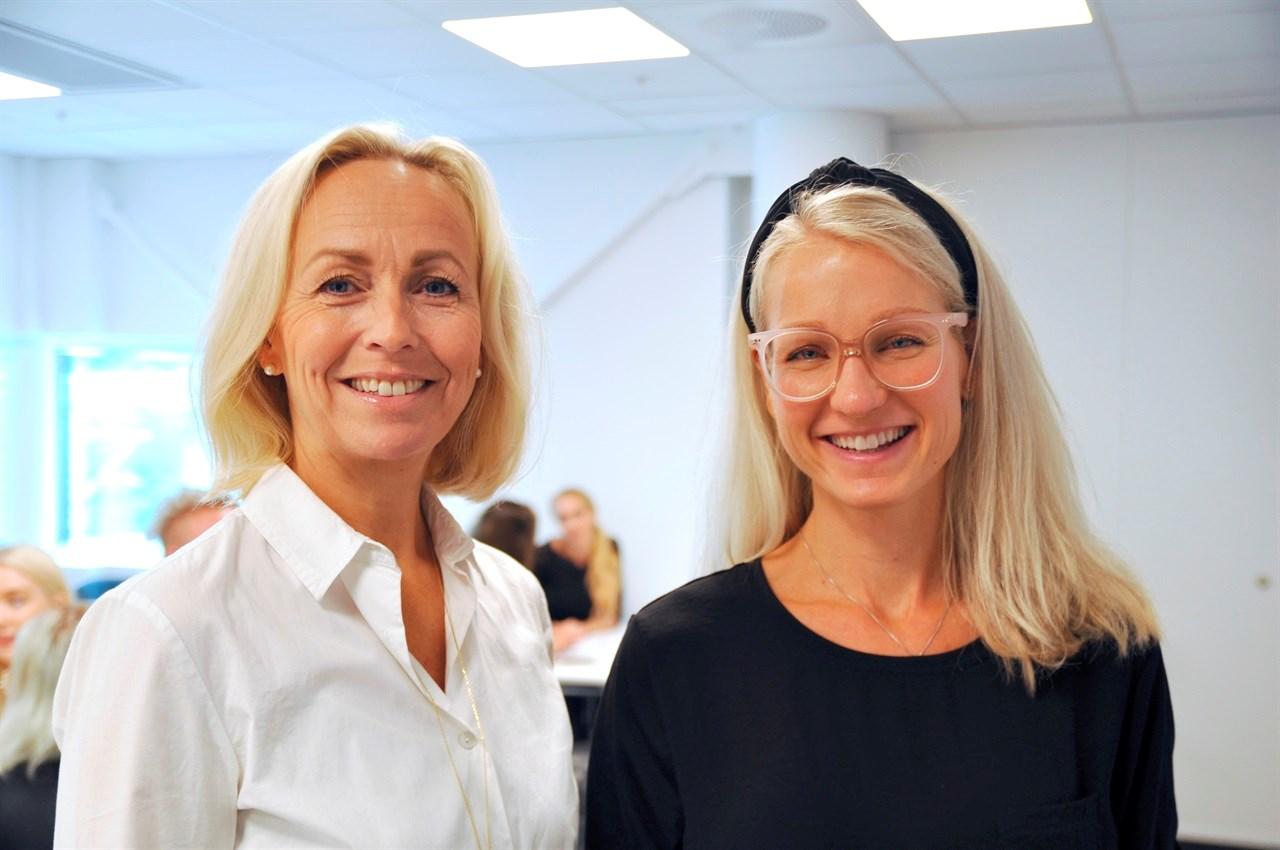 Maj Hovde Krogdahl og overlege Ingvill Sandven, spesialist i arbeidsmedisin ved Ullevål Universitetssykehus, fikk mange spørmål på seminaret. Foto: Bjørn Kollerud.