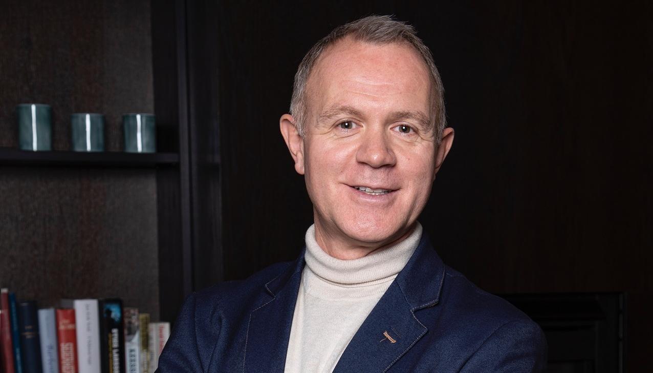 NFVB-president Espen Sævold oppsummerer koronakrisen på lederplass i NFVBs magasiner FRISØR og SALONG Hud & velvære.