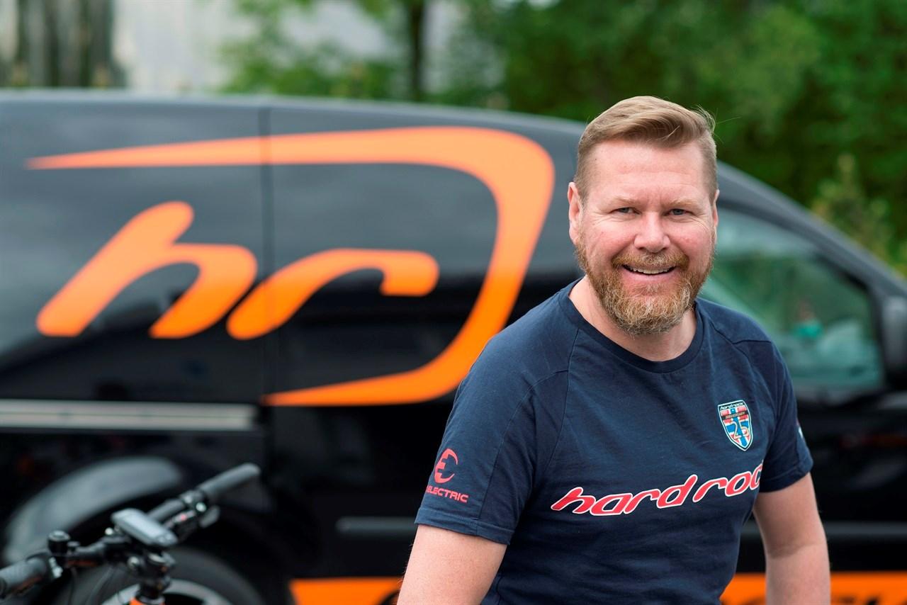 Tilbake. Gründeren Steinar Trygve Liljedahl Karlsen er tilbake som eier av Hard Rocks sykler fra 1. januar 2021