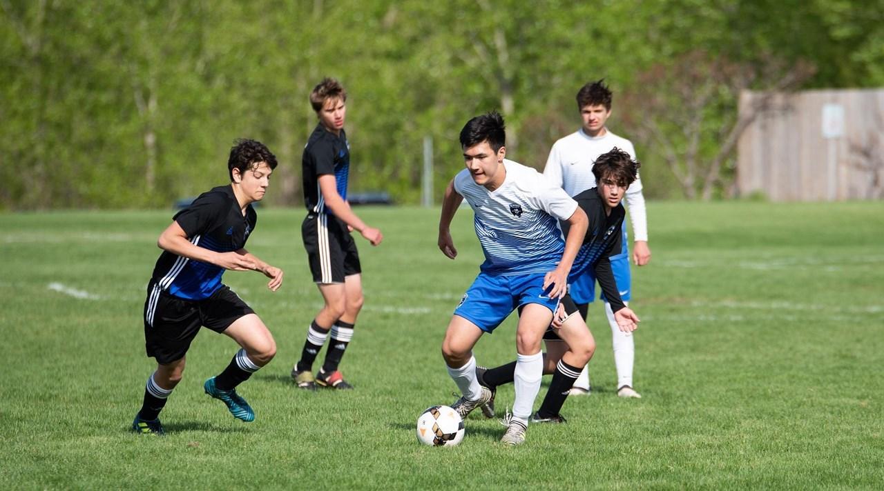 Stimuleer je team om 1-tegen-1 situaties vaker uit te spelen, al leidt dat soms tot balverlies