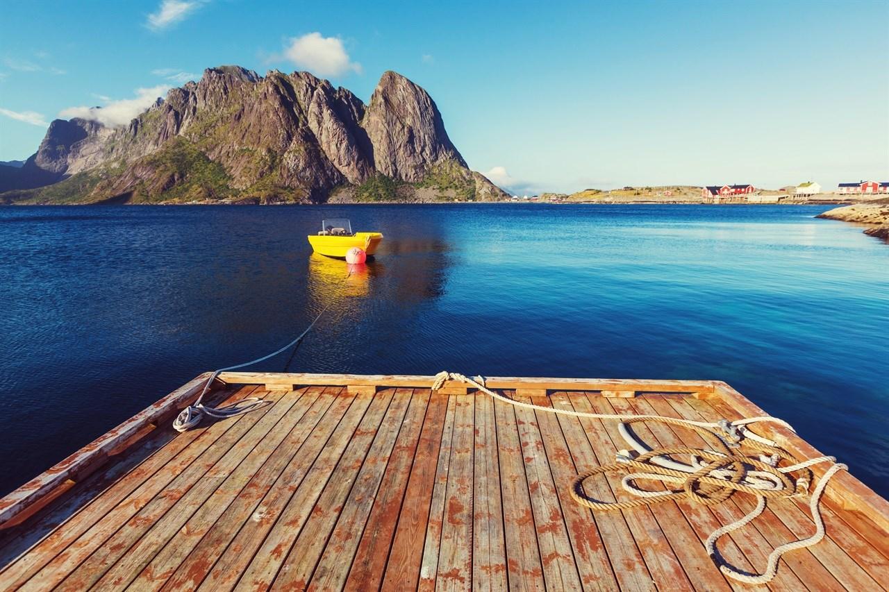 Norgesferie er aktuelt for mange i år. Foto: Colourbox