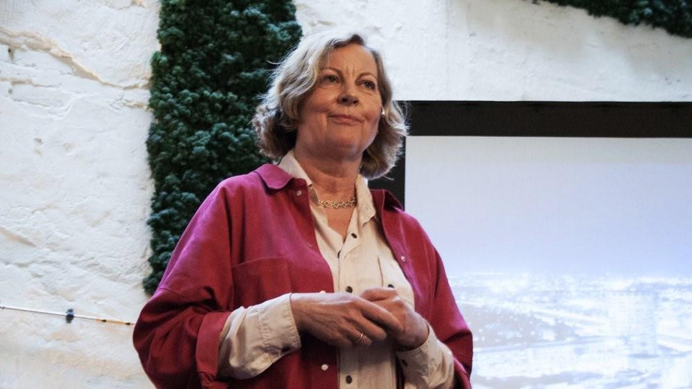 Tidligere Telenor-direktør Berit Svendsen er nå ansvarlig for den internasjonale satsningen til Vipps. På Scene 5 vil hun fortelle om sin vei til toppen i næringslivet.