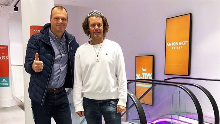 Ole-Henrik Skirstad, administrerende direktør i Sport 1 (t.v.) og daglig leder Morten Borgersen i Mobo Sportsholding AS.