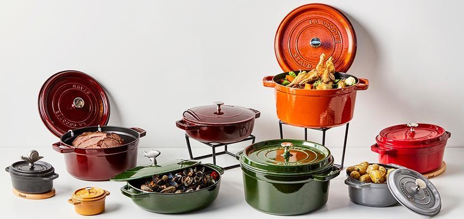 Støpjernsgryter i alle slags farger, størrelser og fasonger fra Staub finner du i Culina sitt sortiment