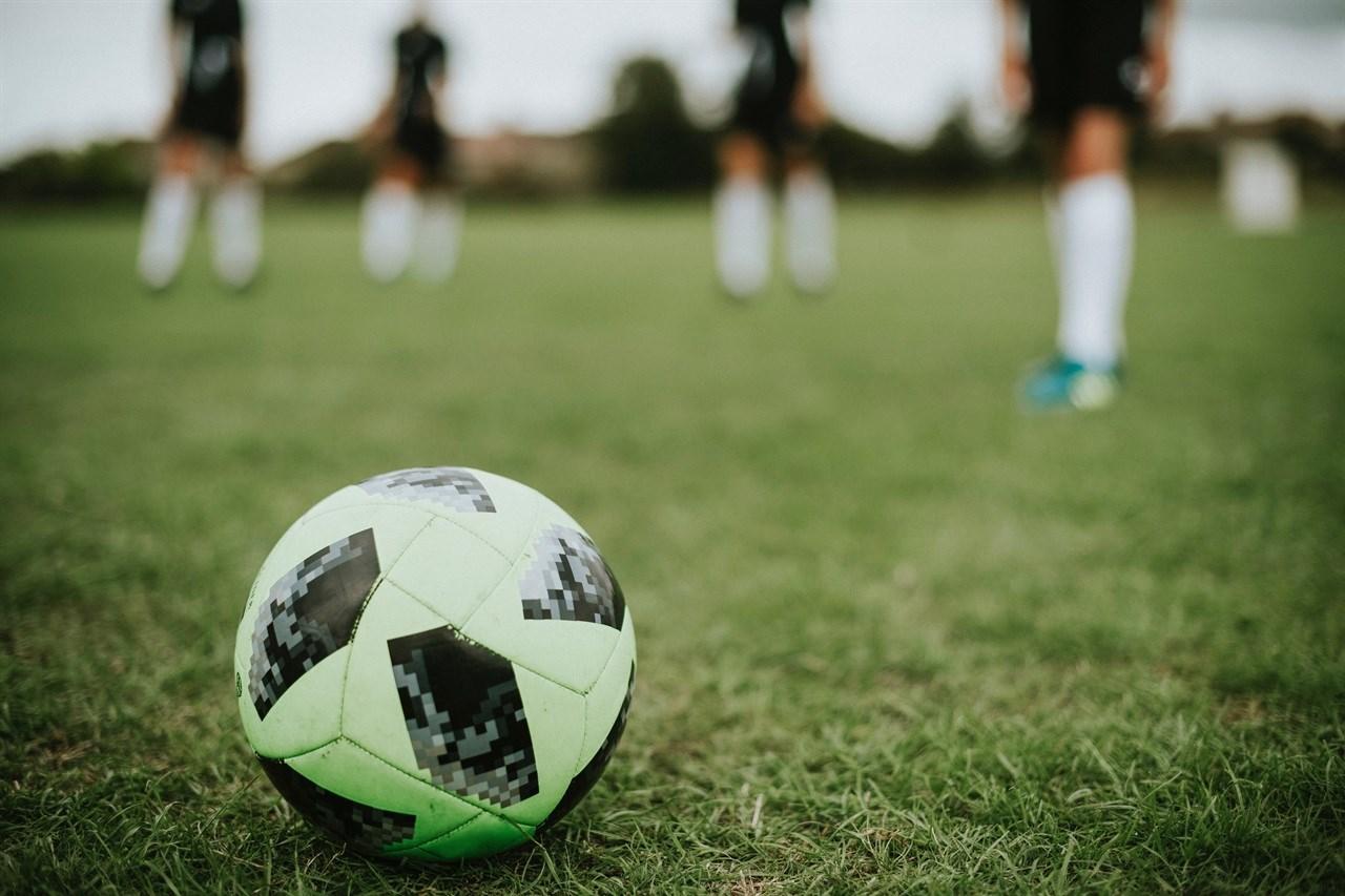 De rondo biedt jeugdspelers voordelen op zowel tactisch als technisch vlak.