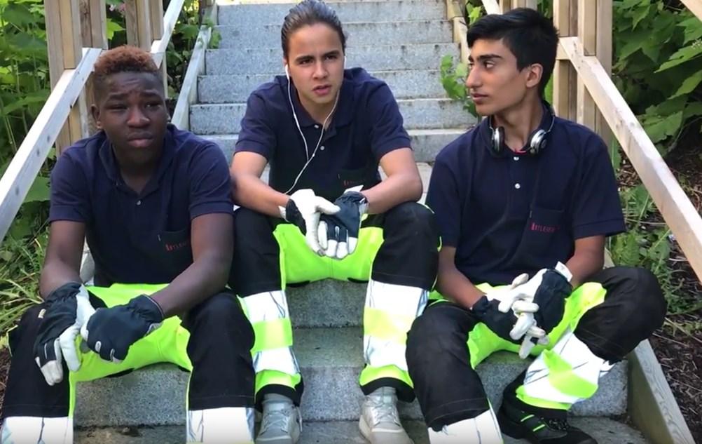 3 av våre 4 vaktmesterassistenter intervjues av Lars Aasen i Leieboerforeningen