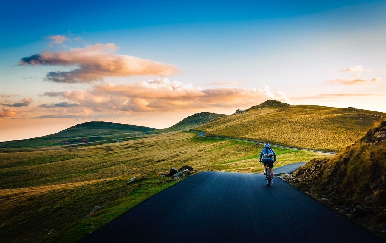 E-Bike Vision lager reservebattererier med 624Wh og 745Wh, noe som gir mange ekstra kilometer! Denne økte rekkevidden gir flere lange sykkelturer og færre ladesykluser – med andre ord flere timer på sykkelen.