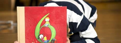 Familiegudstjeneste, utdeling av seksårsbok