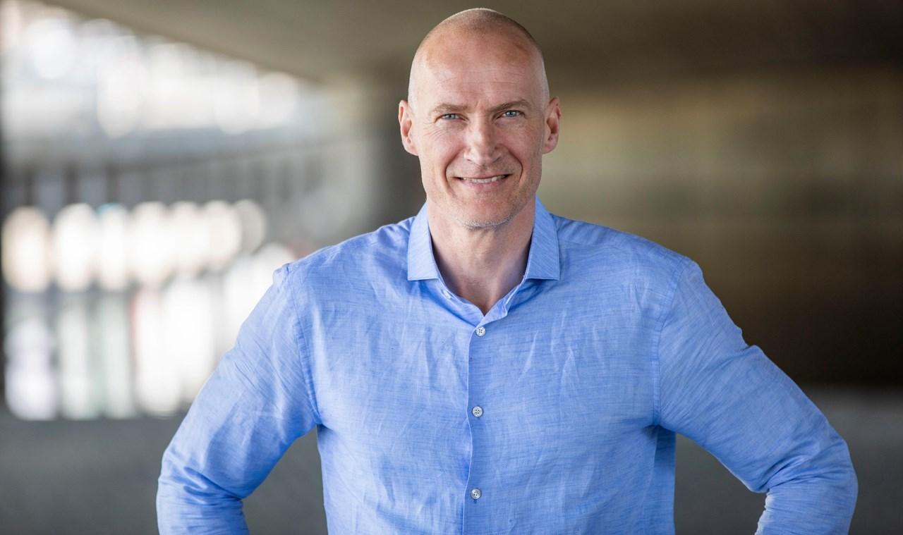 Erik Thorstvedt har mange landskamper for Norge. Nå er han fotballekspert i TV 2. Foto: TV 2