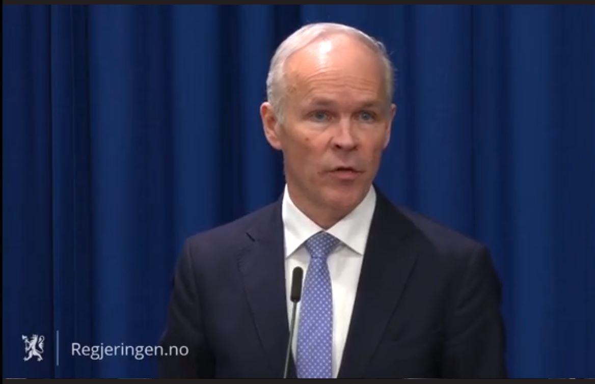 Finansminister Jan Tore Sanner vil gode støtteordninger til næringslivet, med penger på konto så raskt som overhodet mulig.