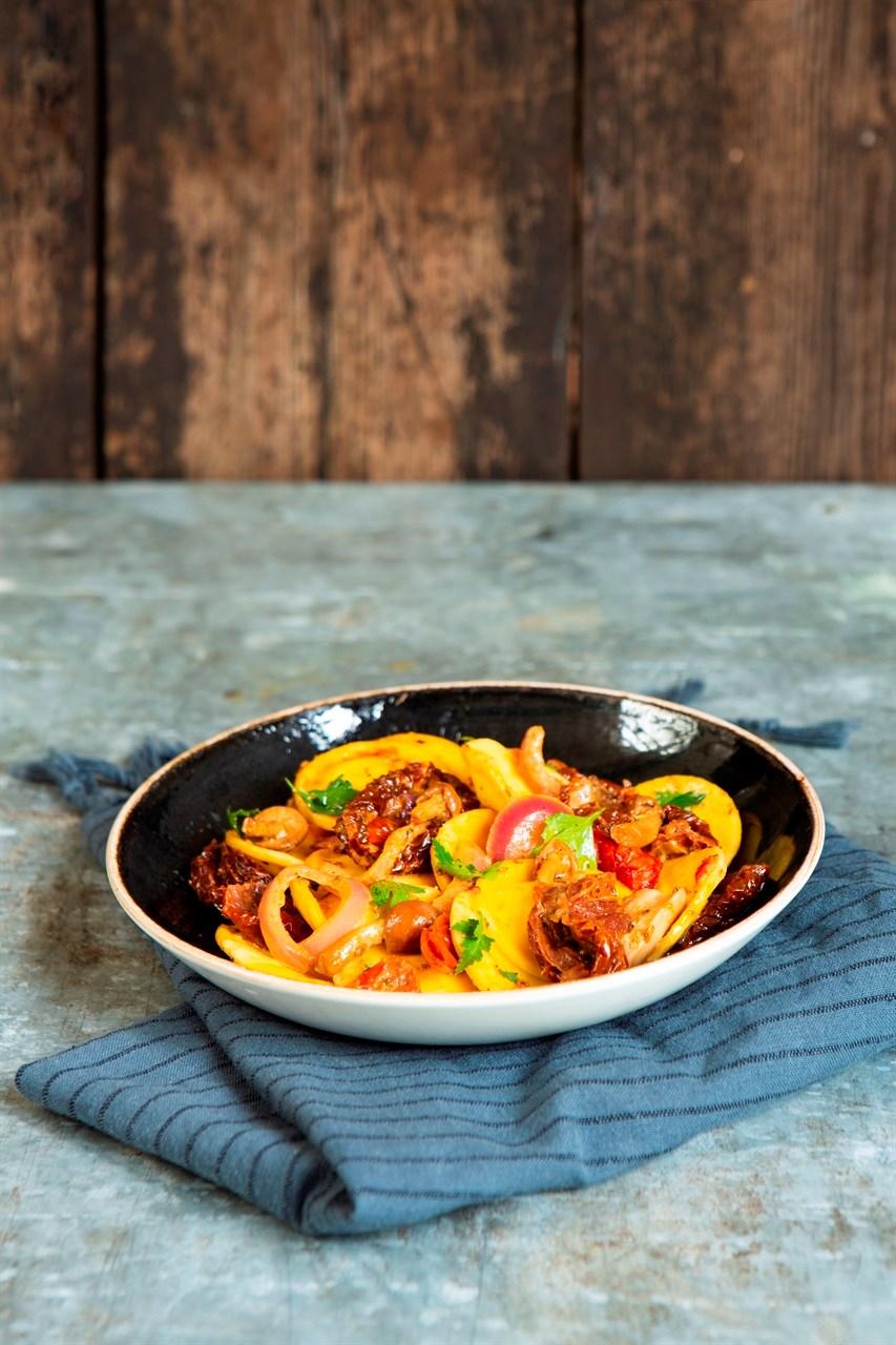 Tusenfryd sin hovedrestaurant har gått for Steelite mye på grunn av høy kvalitet og kantskadegaranti. Bilde fra Tusenfryd sin menypresentasjon.
