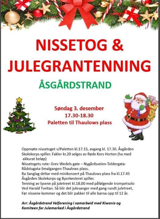 Åsgården skolekorps spiller opp til nissetog og julegrantenning.