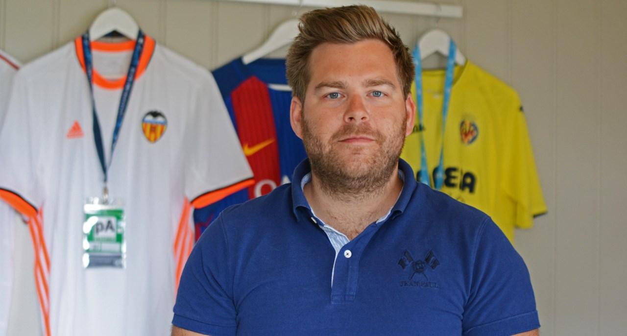 Viasats fotballekspert Petter Veland er sikker på at norsk fotball kan lære mye av spansk. Foto: VG via NTB/Scanpix