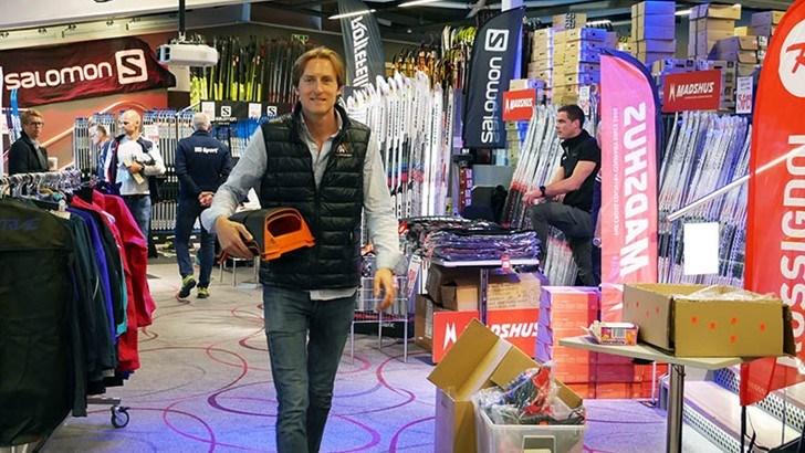 Espen Hinsch fra Happy Norwegian har valgt å legge verdenspremieren på den rykende ferske Mr.Gippy til Milsluker'n Skimesse på Ullevål, fra 20. til 22. september.