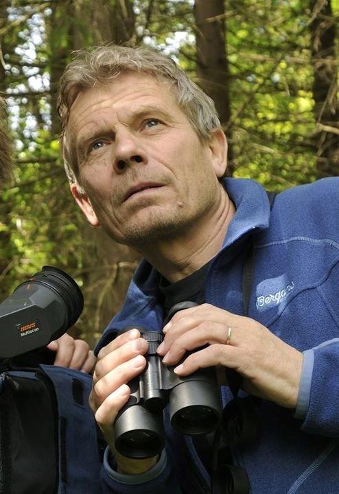 Arne Nævra. Naturfilm og foredrag om sjø,strand og vann.