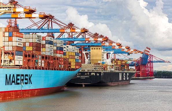 Containerhavnen i Hamburg. Foto: Dominik Lückmann.