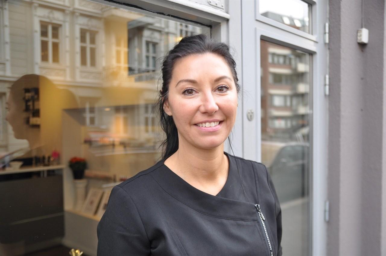 - Etter 25 år i faget elsker jeg fortsatt å jobbe, og bruker all min tid og energi og tid på dette, sier gründer og daglig leder Tanja Jasmin Kvamsdahl.